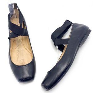 Jessica Simpson Mandalaye Black Ankle Strap Flats